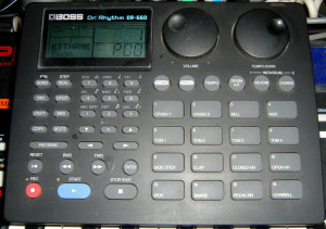 Boss DR-660 (Hardware)
